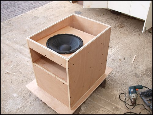 how to build a mini subwoofer